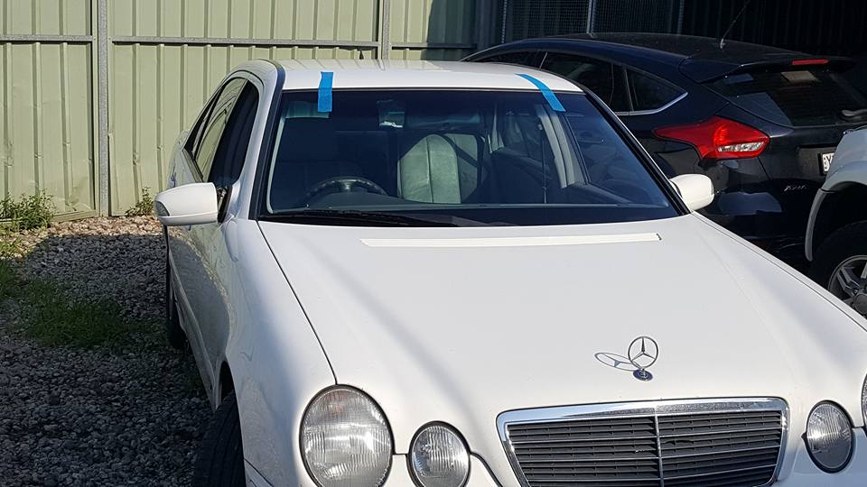 mercedes benz windscreen repair